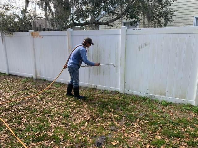 Fence Washing Sarasota FL